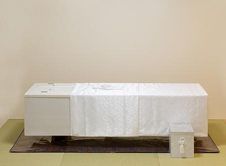 最小限の火葬のみでお見送り 直葬プラン 必要なものを厳選したセットプラン 会員価格 税別120,000円