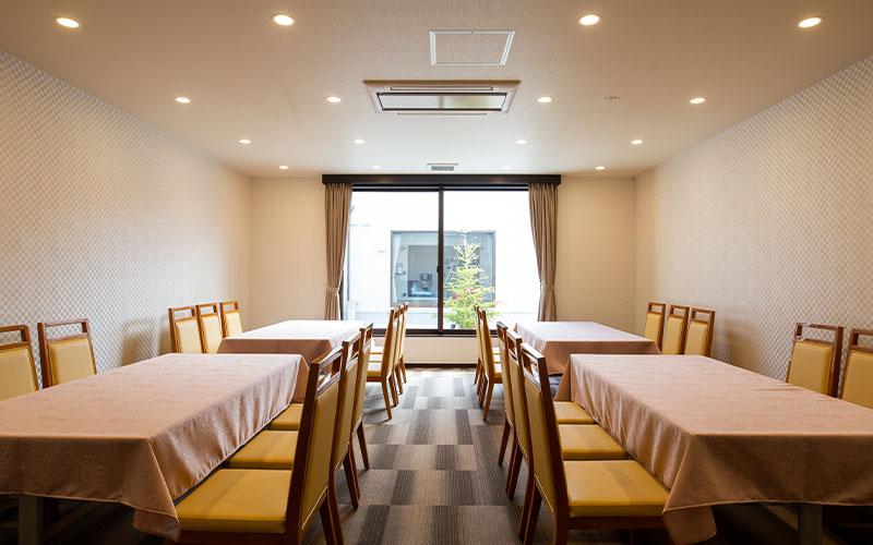 家族葬のトワーズさぎの宮会食室